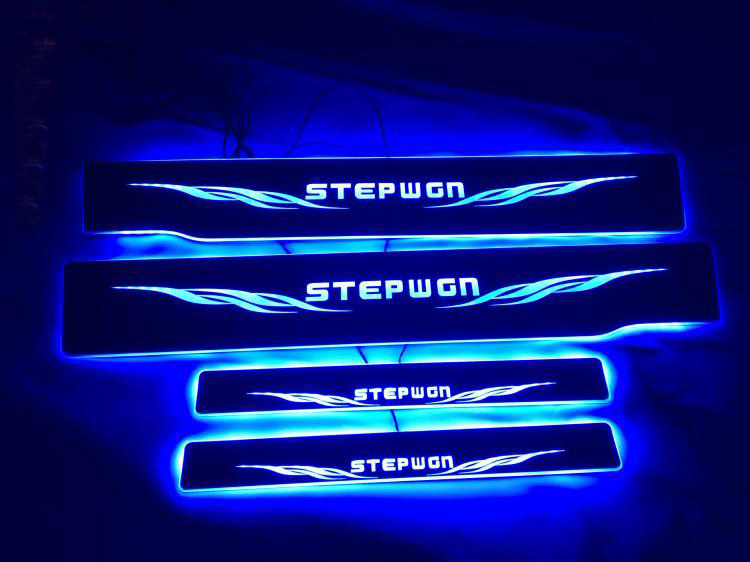 Customized 4PCS Moving LED Welcome Pedal Car Scuff Plate Pedal Threshold Door Sill Pathway Light For Honda STEP WGN STEPWGN