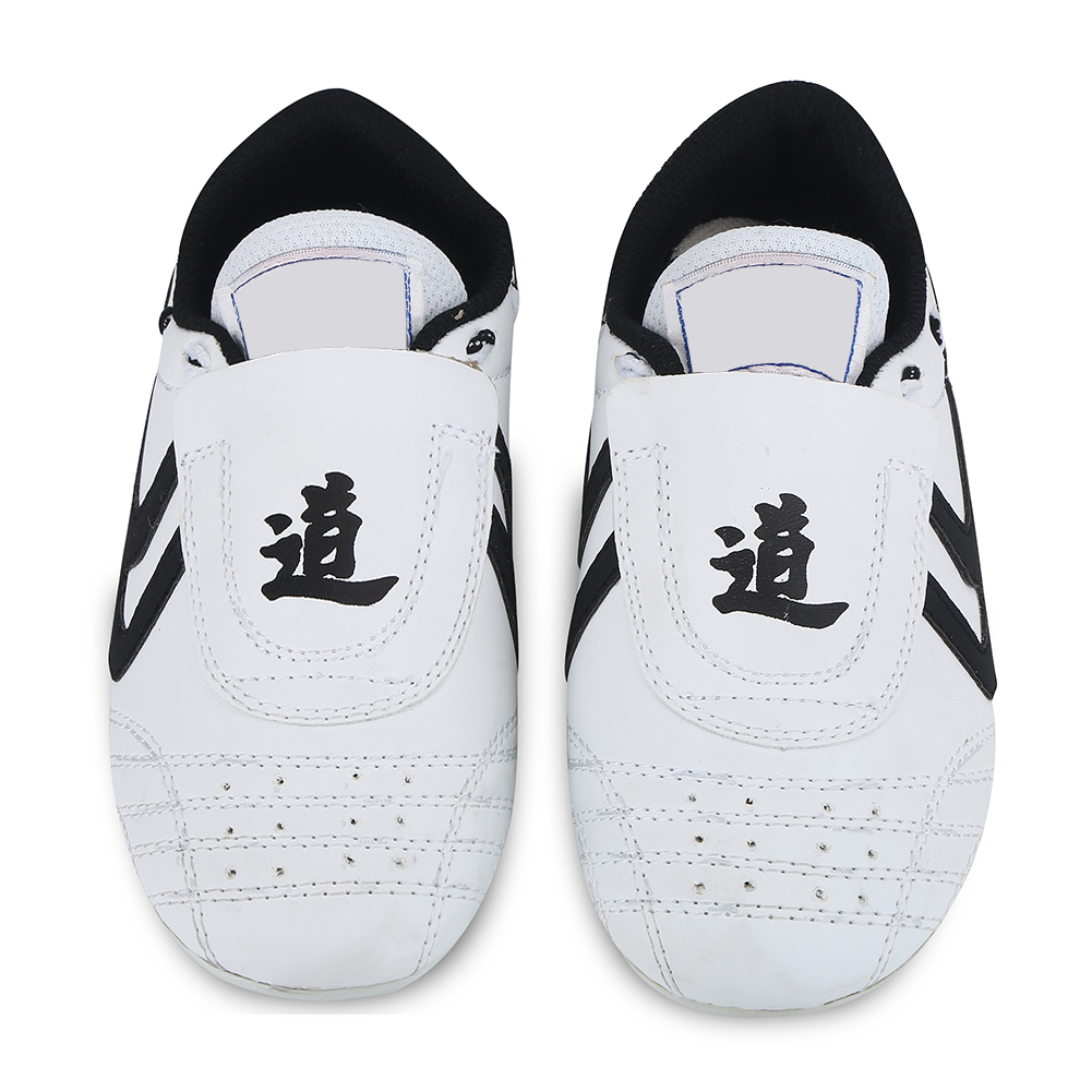 Breathable Taekwondo Shoes Karate Kung Fu Wrestling Martial Arts Shoes Girl Boy Children Teenager Soft Soles Sneakers