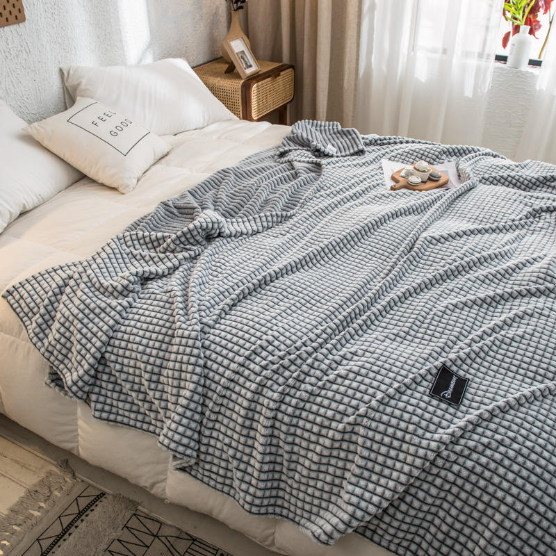 Bonenjoy Plaid for Beds Coral Fleece Blankets Gray Color Plaids Single/Queen/King Flannel Bedspreads Soft Warm Blankets for Bed-4