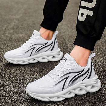 2020 New Fashion Classic Men's Casual Shoes Summer sports breathable trendy shoes running shoes Masculino High quality Men Shoes