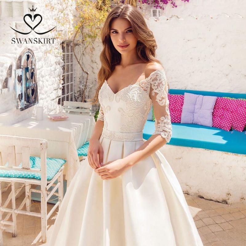 Fashion Beading Wedding Dress Swanskirt SW05 Appliques Satin A-Line Princess Court Train Customized Bride Gown Vestido De Noiva