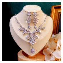 CC Jewelry Set Stud Earrings and Necklace 925 Sterling Silver Wedding for Bridal Pendant Luxury Bijoux Leaf Water Drop CCAS226