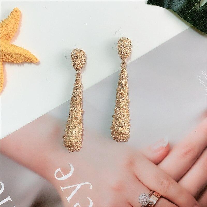 Vintage Long Drop Earrings for Women Statement Earrings Gold Black Color Geometric Metal Earrings Fashion Jewelry
