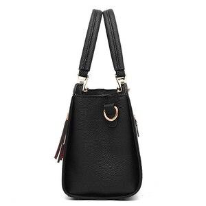 Image 4 - Trendy Patchwork Farbe Schulter Tasche für Frauen Mittleren Totes Geldbörse Büro Dame Umhängetaschen gabe quaste ornament Handtaschen