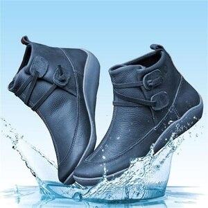 Image 3 - Женские ботильоны из искусственной кожи, осенне зимние ботинки на плоской подошве, Винтажная обувь в стиле панк с коротким плюшем и перекрестными ремешками