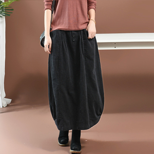 Image 4 - נשים חצאית סתיו חורף גודל גדול ארוך קורדרוי חצאית 2019 חדש נשי אלסטי מותניים כיס רטרו מקרית Loose חצאית מורי ילדה