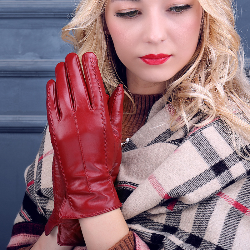 Autumn And Winter Women's Leather Touch Screen Gloves. Plush Warm And Thick Cold Proof Korean Leather Gloves