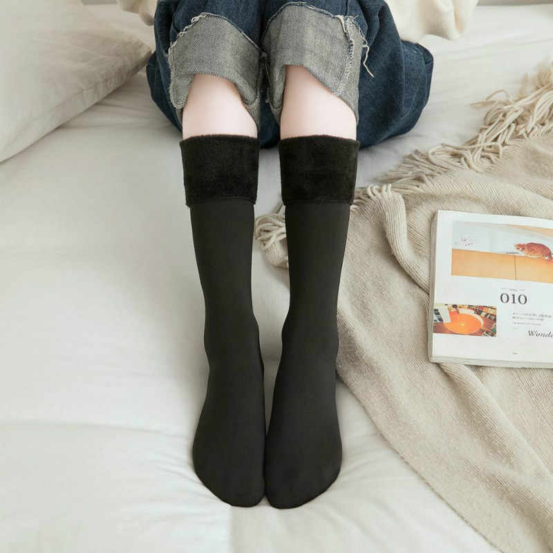 Padded Thermal Winter Socks Women Ladies Warm Socks Thicken Thermal Wool Cashmere Knee Socks Seamless Velvet Boots Stocking Soft
