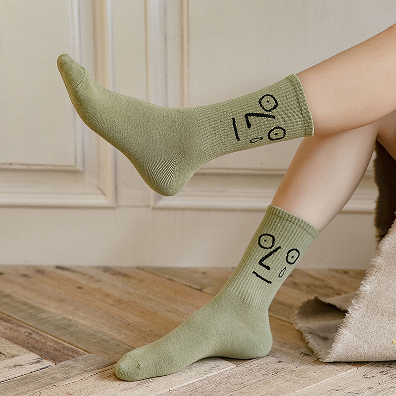 10 Pairs/Pack Women Funny Socks Cartoon Many Freak Hippie Crazy Expression Cotton Long Socks Happy Female Skateboard Socks