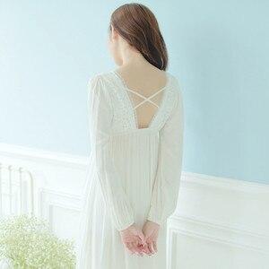 Image 5 - Automne Vintage chemises de nuit col en v dames robes princesse blanc vêtements de nuit sexy solide dentelle robe de maison confortable chemise de nuit # H13