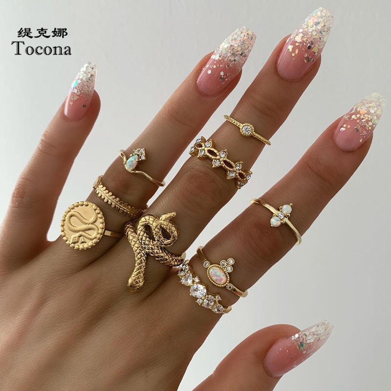 Tocona 9pcs/sets Luxurious Gold Rings for Women Hard Clear Crystal Stone Snake Hollow Round Geometric Jewelry бижутерия 7054