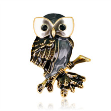 Foreign trade boutique retro owl brooch European and American cute personality animal manufacturers sell directly