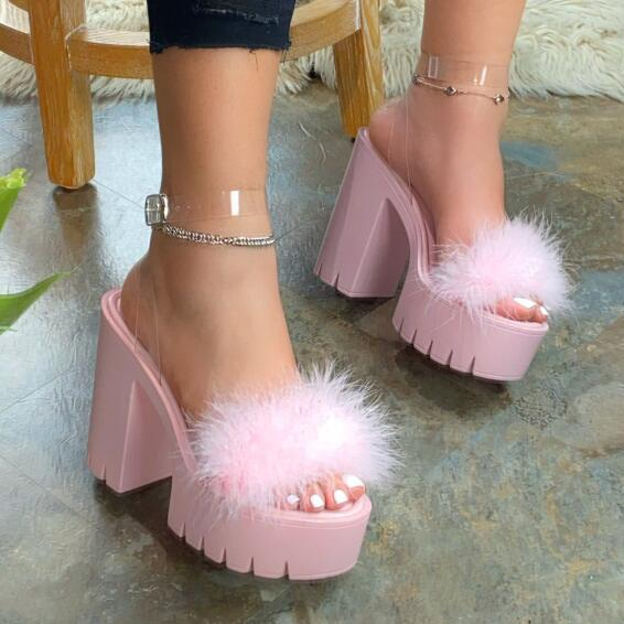 Fall/winter 2020 Beach Sandals Ladies Banquet New Women Fur Rubber High Heel Platform Sandals Outdoor Leisure Buckle Slippers As Effectively As A Fairy Does