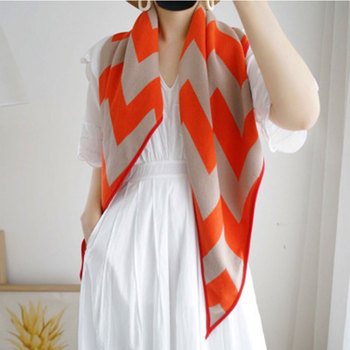 Luxury Brand Scarves Women Plaid 2020 Cashmere Scarf Gift For Lady Tassel Love Pattern Pashmina Echarpe Cape Shawls And Wraps chic skulls and stripes pattern voile pashmina for women