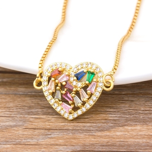Top Quality Copper Zircon Crystal Heart Necklace Women Fashion Jewelry Rainbow Cubic Zircon Pendant Necklace For Female Girls