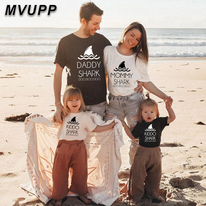 Animal Print Family Matching Outfits Father Mother Daughter Son Baby Boy Girl Clothes Mommy And Me T Shirt Kids Tops Mum Mama