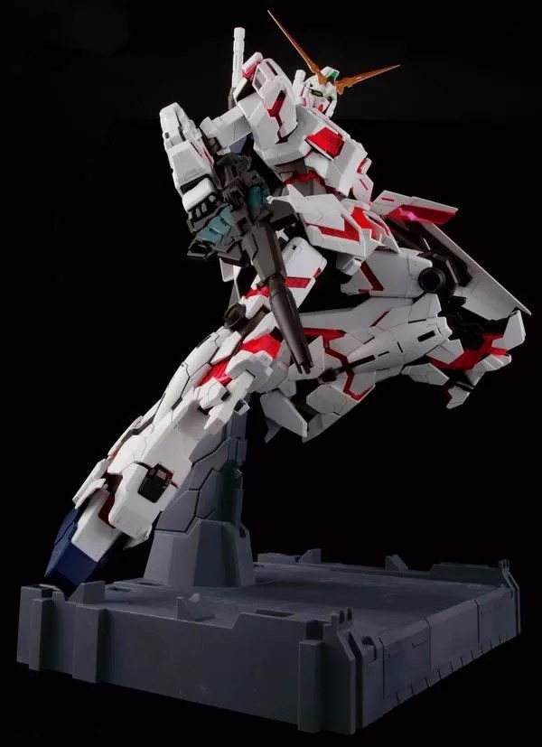 DABAN Gundam 1/60 PG UNICORN Fighter Full Psycho- Frame Prototype Suit Mobile Mode Assembled Action Figure Model Toys + Bracket