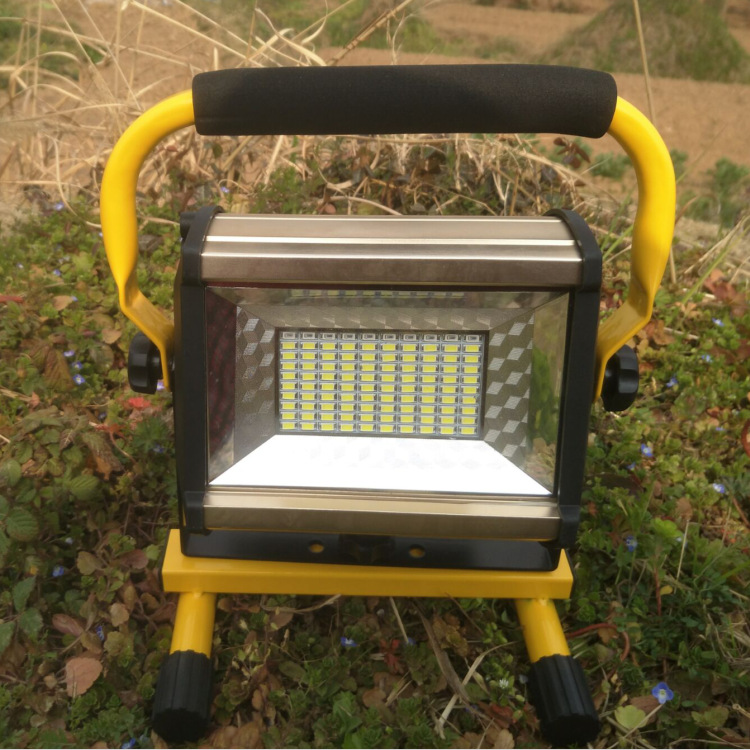 100W Patch Glare Portable Lamp Emergency Charging Light Outdoor Long-Range Light Campsite Lamp 18650
