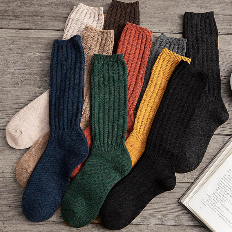 Calcetines de algodón de Color liso para mujer, calcetín cálido, suave, cómodo, informal, largo medio, para Otoño e Invierno