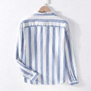 Image 4 - 男性春の秋のファッションブランドリネン長袖身廊ブルーストライプパッチワークターンダウン襟カジュアル古典的な男性のシックなシャツ