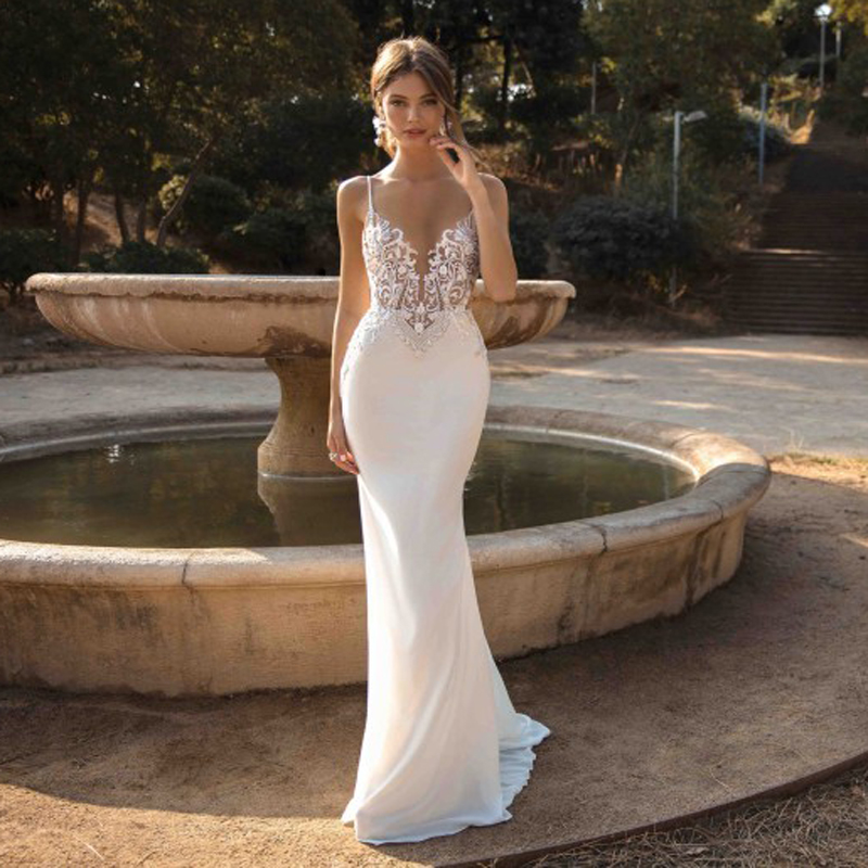 2020 Mermaid Wedding Dresses Spaghetti Straps Appliques Lace Beach Bride Dress Sexy Back Wedding Gown