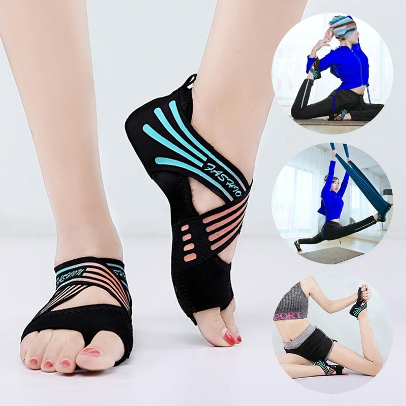 Yoga Shoes Sneakers Women Dance Shoes Soft Bottom Non-Slip Beginner Ballet Shoes Indoor Five-Finger Professional Yoga Socks