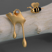 INATURE 925 Sterling Silver Honey and Bee Asymmetric Stud Earrings For Women Jewelry Brincos