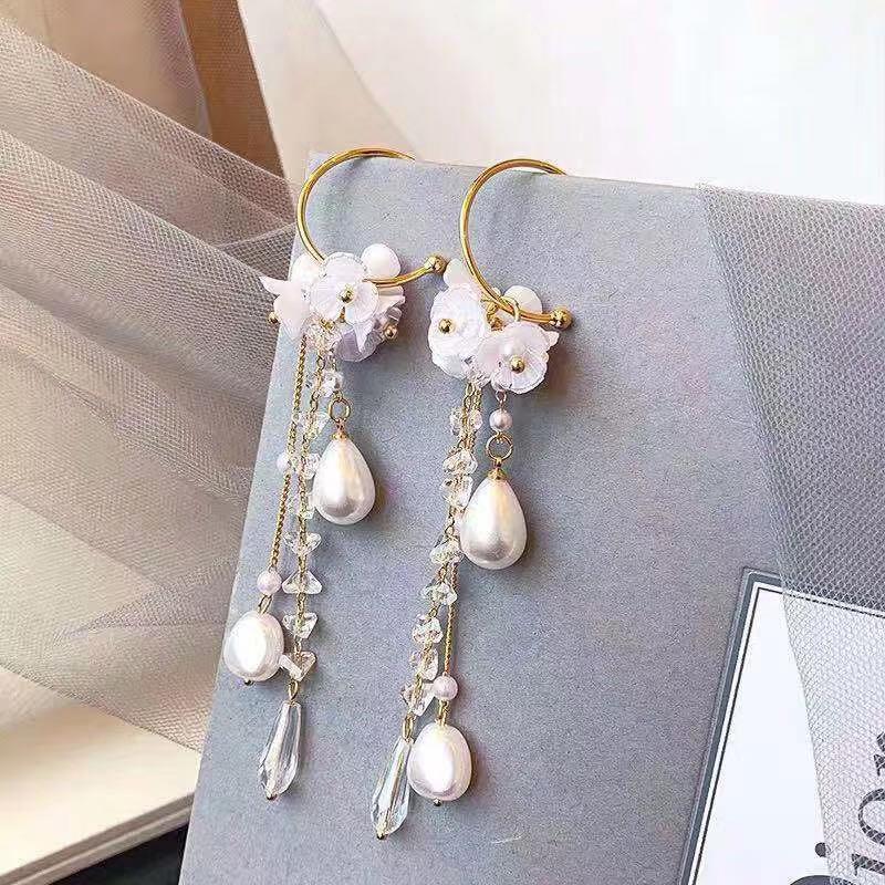 2019 Korean Hottest Fashion Butterfly Pendant Long Section Tassel Water Drop Dangling pearl Drop Earrings For Women Jewelry