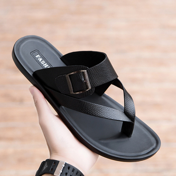 Hot Sale Man Beach Casual Shoes Black Leather Slippers Men Fashion Buckle Strap Mena Flip Flops Comfortable Man Indoor Slippers image