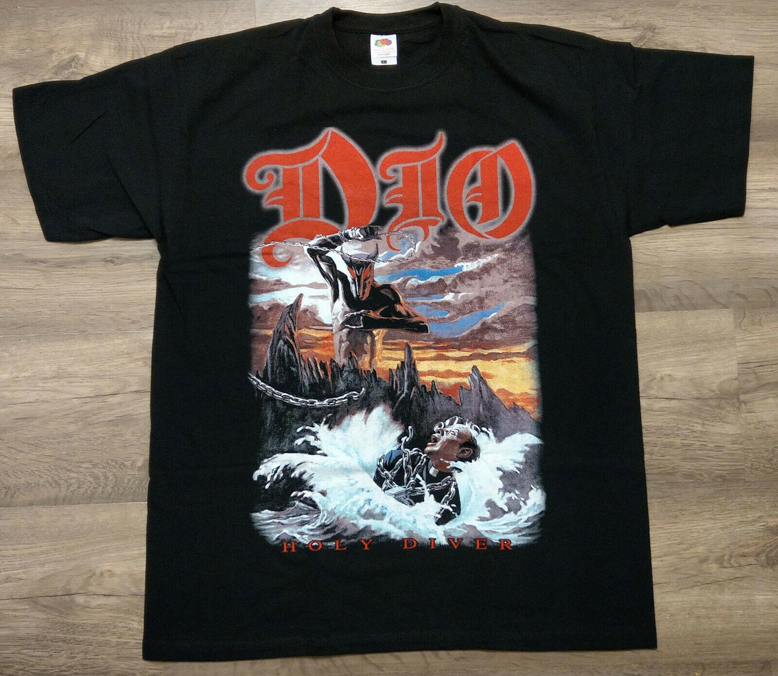 Дио-святая дайвер (футболка)