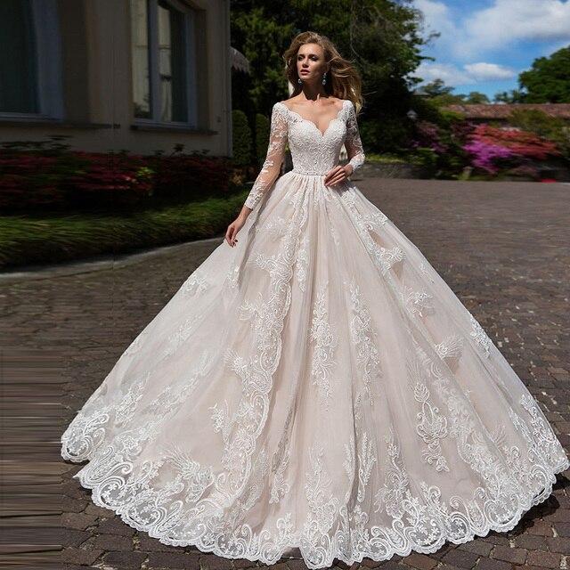 화려한 볼 가운 웨딩 드레스 긴 소매 플러스 크기 Vestido Blanco Scalloped 목 단추 최대 Appliques 웨딩 드레스 우아한