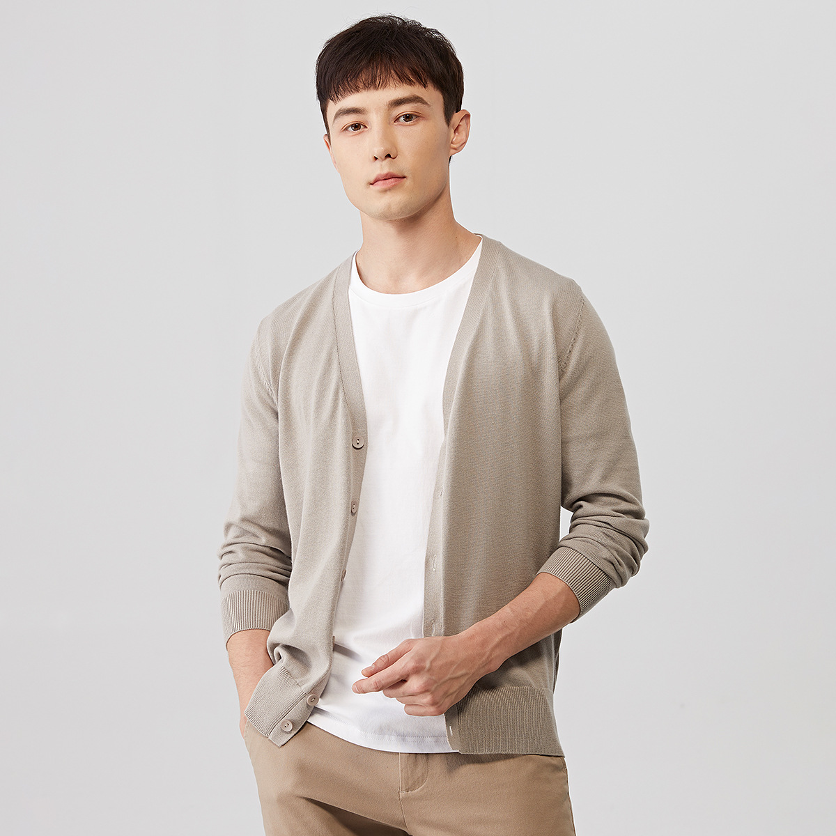 Men Spring Autumn Button Knitted Sweater Mens V-Neck Solid Thin Cardigan Coats Male Casual Cardigan Sweater