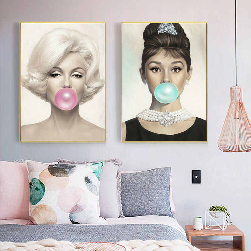 Marilyn Monroe and Audrey Hepburn Popping Bubble Gum Blowing Bubbles Decorative Painting Retro Nostalgic Canvas Painting Paris
