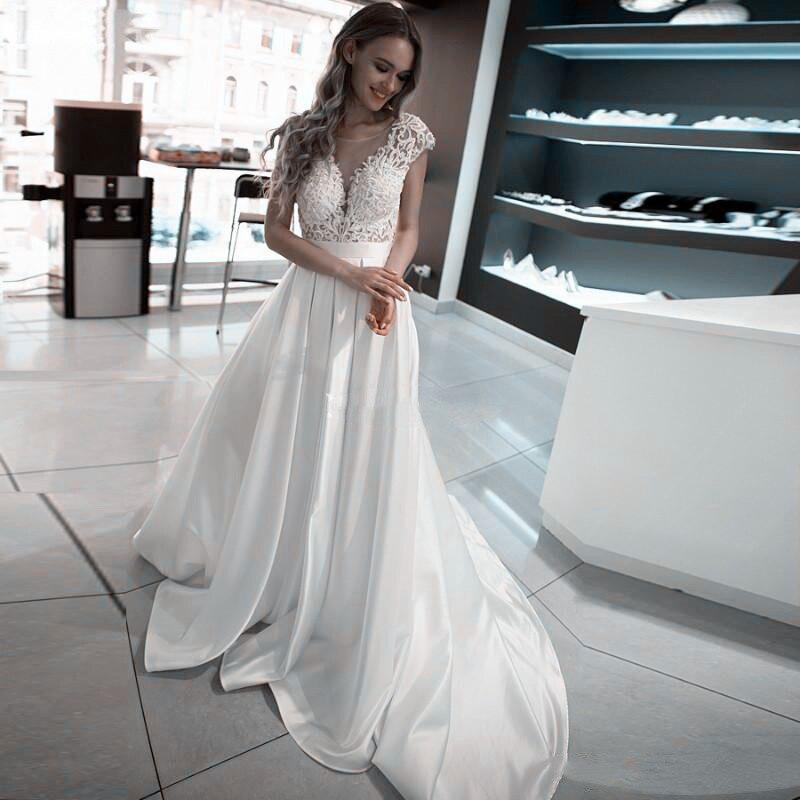 2020 Scoop Short Sleeves Lace Satin Wedding Dress Open Backless Bridal Gowns Sexy Long Women Wedding Wear Garden