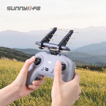 Sunnylife Yagi wzmacniacz sygnału anteny do pilota DJI FPV 2 wzmacniacz zasięgu 2 4G 5 8G akcesoria do dronów tanie i dobre opinie CN (pochodzenie) Sunnylife Yagi Antenna Signal Booster