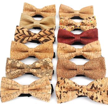 Nowe drewno korkowe moda muszki męskie nowość Handmade solidna odzież na szyję dla mężczyzn Wedding Party Man akcesoria do prezentów mężczyźni Bowtie tanie i dobre opinie IANTHE WOMEN Skóra syntetyczna Włókno bambusowe Dla dorosłych Krawaty Muszka Jeden rozmiar IA566 Stałe