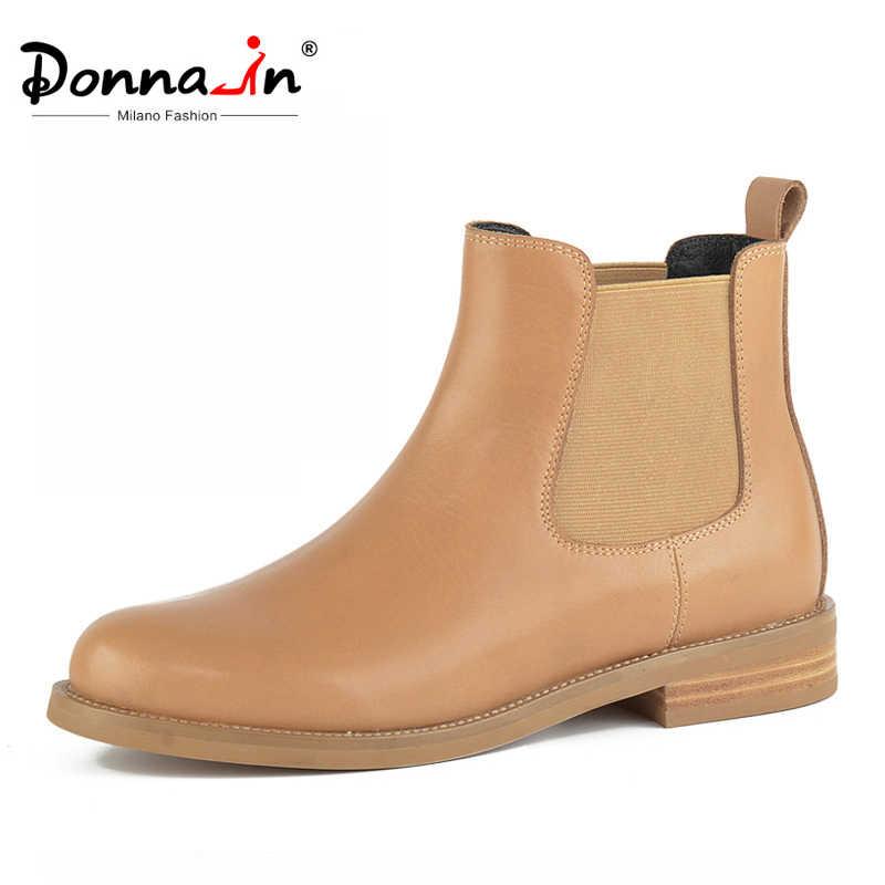 Donna-in doğal deri Chelsea çizmeler kadın düşük topuklu yuvarlak ayak kısa peluş sonbahar kış kadın yarım çizmeler rahat ayakkabılar