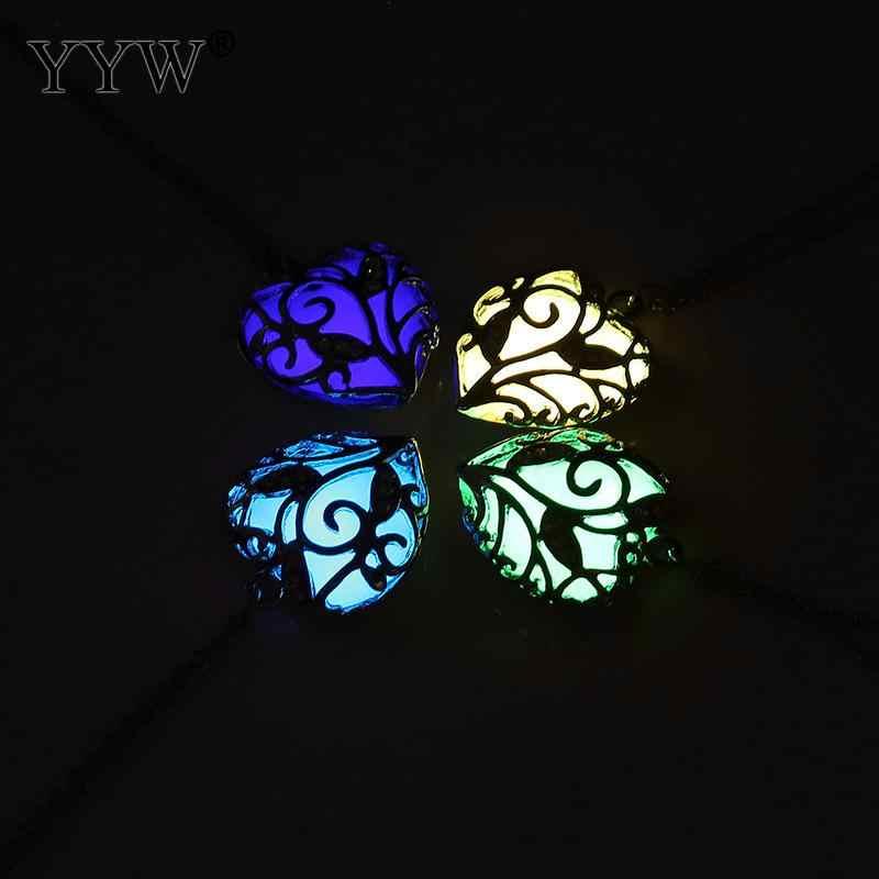 YYW ニューハートグローイングチョーカーネックレス宝石チャームジュエリーシルバー色女性ハロウィン中空発光樹脂ペンダントネックレスギフト