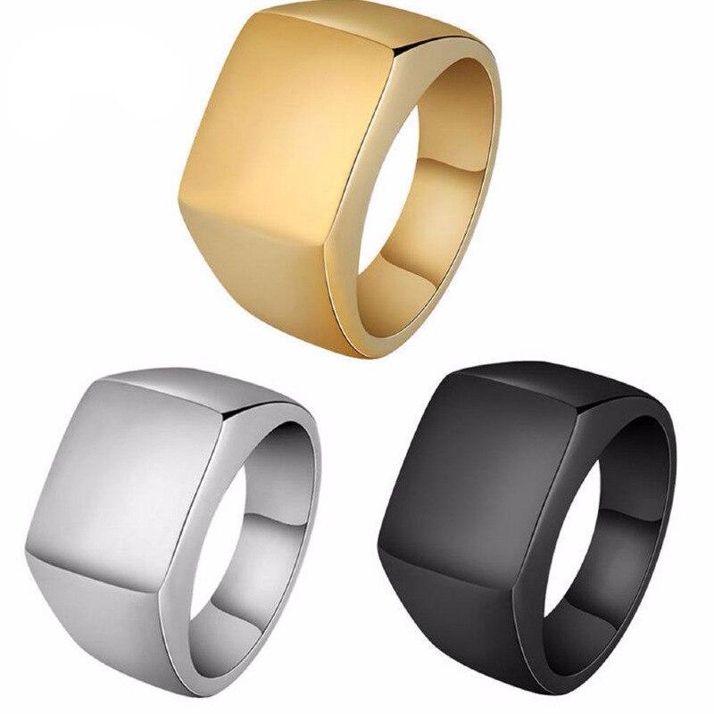 Yingwu 30 pièces Lots 8mm hommes noir anneau titane inoxydable anneaux pour femmes argent or anneaux amant Couple haute qualité bijoux