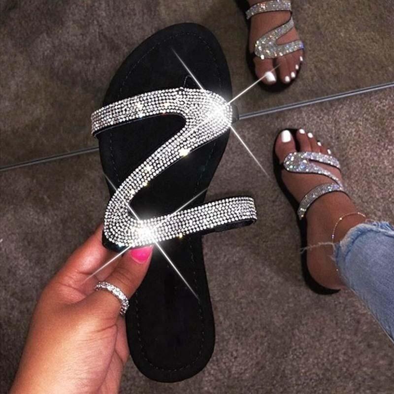 Women Summer Flat Bling Slippers Female Casual Flip Flops Sandals Outdoor Beach Slides Non-Slip Rhinestone Sandals 2020 New
