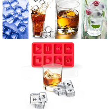 1pcs Silicone Ice Cube Maker Trays Creative 8 grids button DIY Ice Mold for Icecream Cold Drinks Whiskey Cocktails Home Ice Tray
