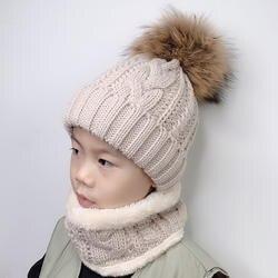 Детские зимняя шапка, шарф набор шарик из меха енота шапка Pom pom Beanies Детские Девочки теплые флисовая шапка шарф набор