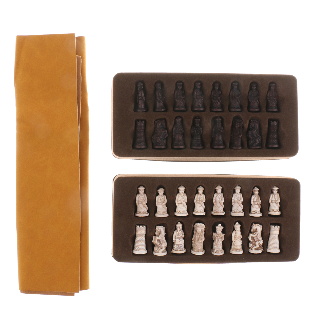 Chinese Antique Soldier Figures Chess Set Board With Chess Pieces for Traveling Board Game