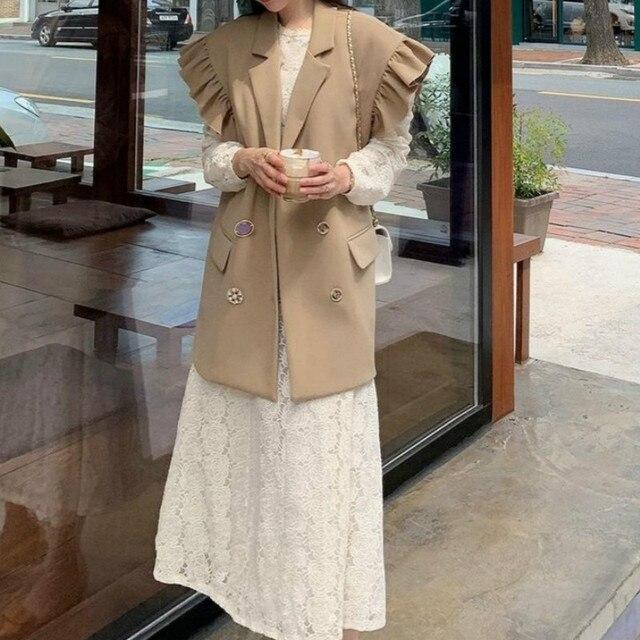 [EWQ] 2020 Summer New Ruffles Turn-down Collar Loose Khaki Vest Office Lady Elegant Simple Ladies Jacket Chic Top Women Coats 5