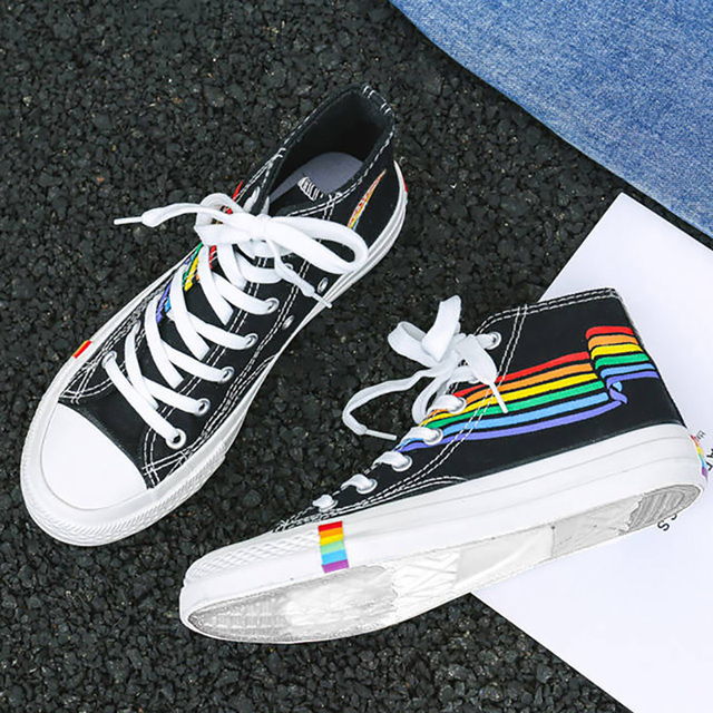 Femmes vulcanisé chaussures 2020 baskets hautes femmes chaussures arc-en-ciel toile chaussures plates blanc noir Tenis Feminino Basket Femme