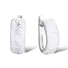 Personalized Retro Handmade Ceramic Earrings For Women National Wind White Flowers Imitation Porcelain Stud Earrings Jewelry