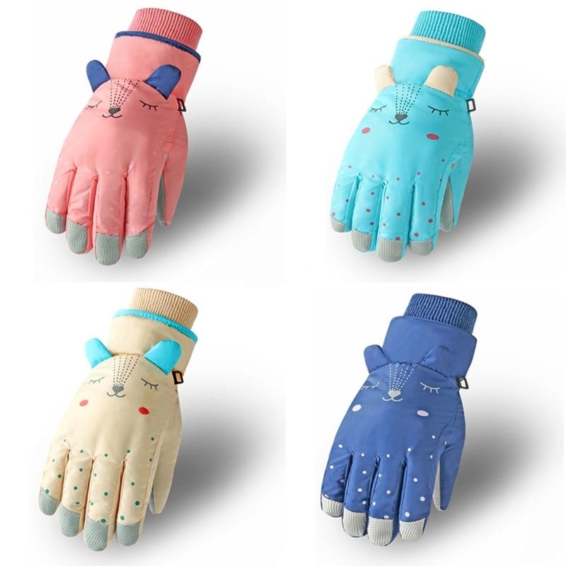 Детские зимние водонепроницаемые зимние перчатки, однотонные теплоизолированные ветрозащитные спортивные теплые варежки с мультяшными у...