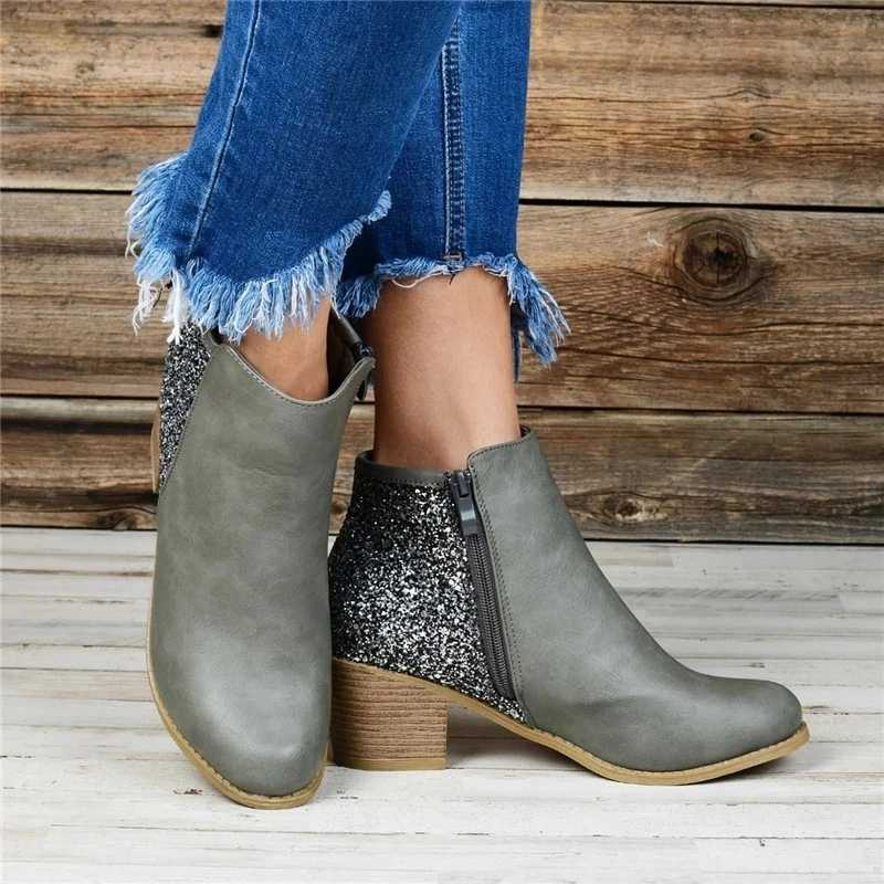 Oeak femmes automne hiver bottes ponité orteil chaussures couleur Pure chaussons boucle sangle talon carré chaussures simples chaussures à semelles compensées