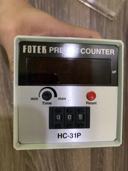 Taiwan's  FOTEK counter  HC-31P