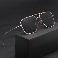 Vintage Over Sized Sunglasses Men Anti-Reflective Mirror Classic Square Metal Glasses Fashion New Women Sun Glasses Uv400